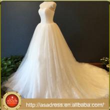 New Style Elegant Lace Sweetheart Neckline Sleeveless Chapel Train Wedding Dress ASA02