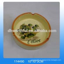 Venta al por mayor de ceniceros decorativos de cerámica con pintura de aceituna