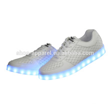 Boys LED lights shoes with USB recharges