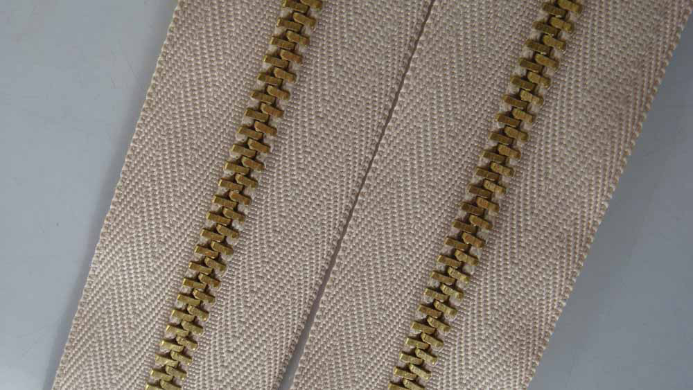 brass zipper (7003)