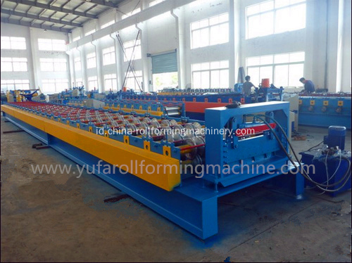 Lantai Logam Decking Roll Forming Machine