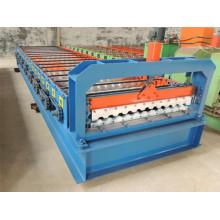 Petit pain en acier galvanisé adapté aux besoins du client de feuille de toiture de couleur formant la machine