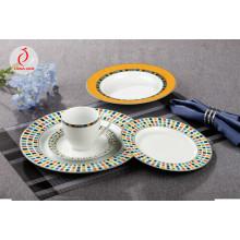 Plato de cena de cerámica de estilo real