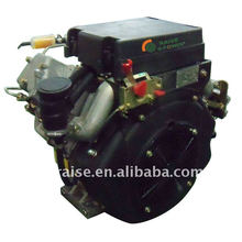 Dois motores a diesel de cilindro a frio