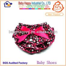 Impression colorée à la mode de coeur impressionnée fancy girl baby bloomers