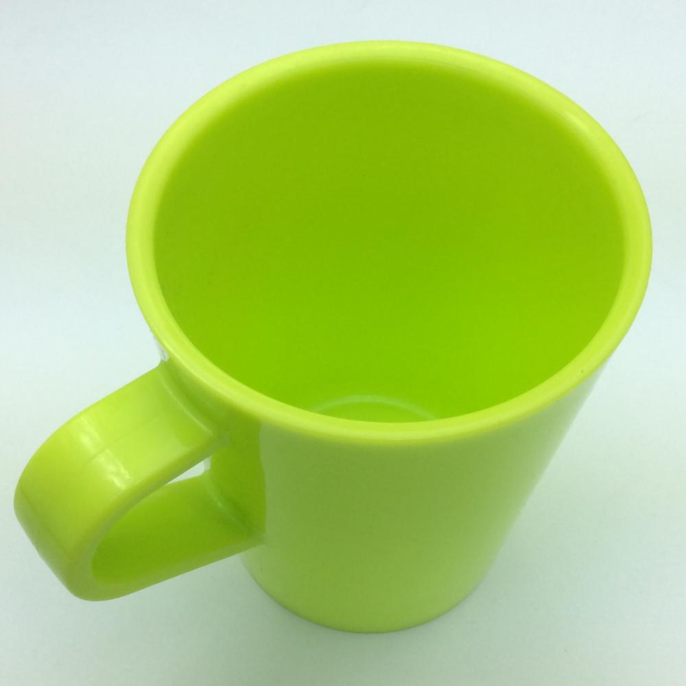 plastic mini mug