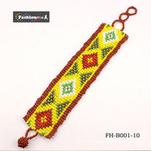 bracelets faits main mignons classiques avec un motif coché