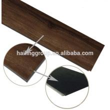 Luxus-Klick-Vinyl-Bodenbelag mit Holzstruktur und hoher Qualität