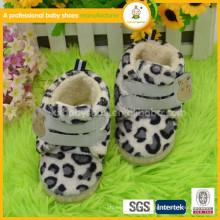 Новая зима зимы зимы зимы зимы прибытия горячая ботинки зимы младенца высокого качества сбывания мягкая мягкая
