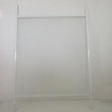 Fenêtres coulissantes en aluminium blanc avec grilles