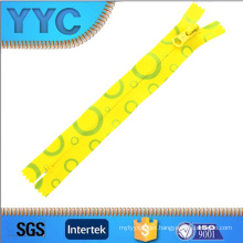 Beautiful Nylon Zipper for Home Textile, Garment, Shoes, Bags.