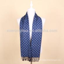 Bufanda de lana jacquard de color azul para hombre