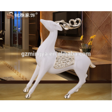 China supplier home decor garden decoration arts and crafts resin deer animal figurine