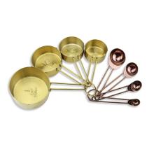 conjunto de cucharas y tazas de medición de acero inoxidable