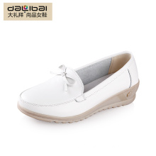 2015 best price wholesale pigskin lining plain white real leather nurse shoes