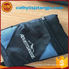 Toalla de microfibra de gamuza azul / toalla de deporte / toalla de gimnasio con bolsa de malla