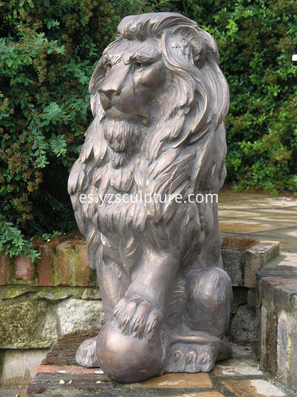 large-garden-statues--english-lion-antique-bronze-sculpture_8