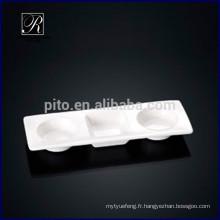 Paneuse en porcelaine de P & T en forme de soucoupe de plat rectangulaire plat de wasabi et de soupe de soja pour l'utilisation de buffet