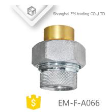 EM-F-A066 Latón niquelado cobre Rusia Instalación roscada hembra