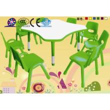 Mesa y silla de plástico para niños