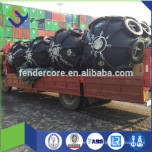 Natural rubber RSS3 and synthetic-tyre-cord layers rubber fender