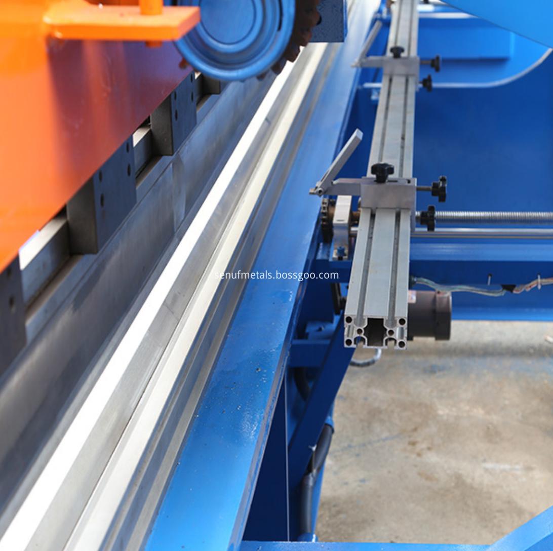 cnc metal press brake bending machine (10)
