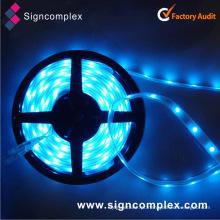 China Tira flexível em caixa de 12 / 24V RGBW do plutônio da colagem SMD5050 do plutônio