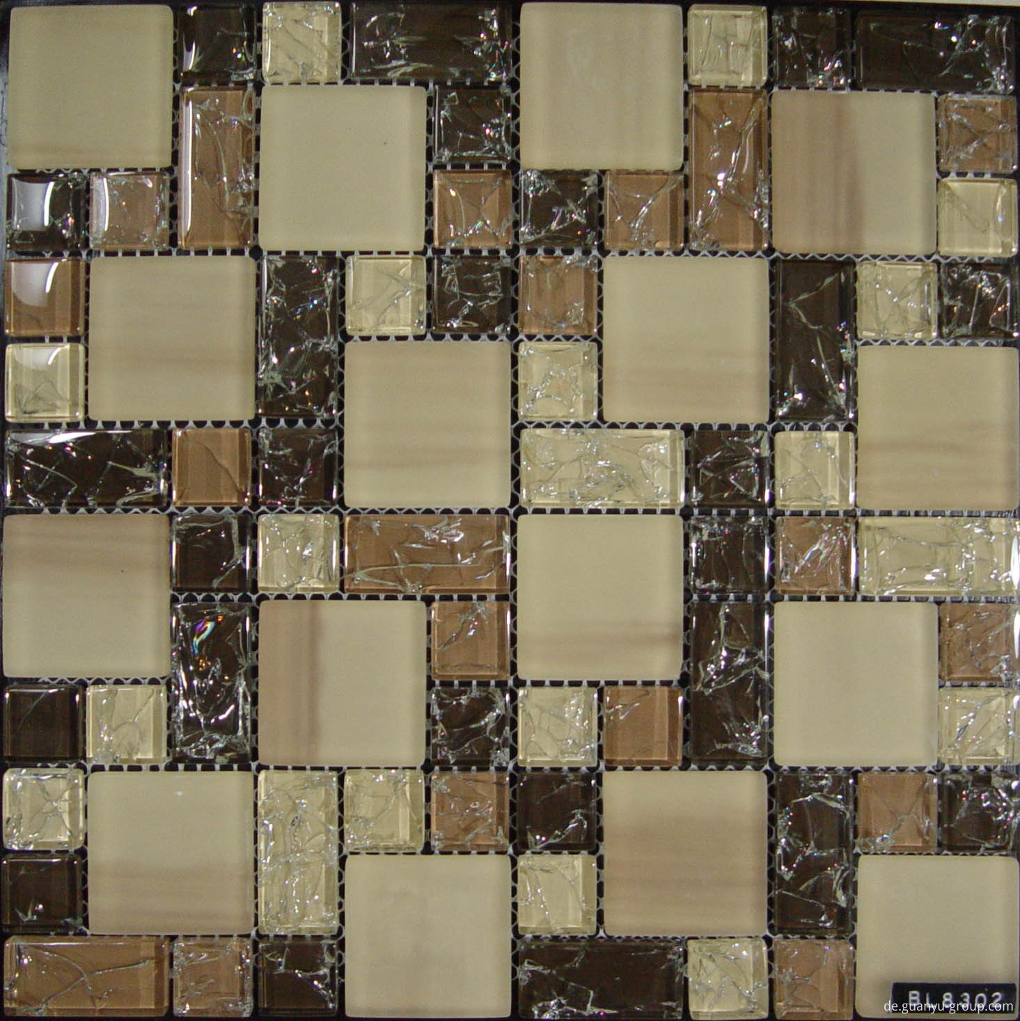 Size Mixed Cracked Crystal Mosaic Tile