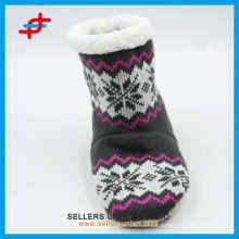 2015 hot sale ladies winter fashion super soft colorful pattern home half boot socks