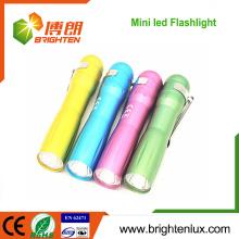 Factory Bulk Verkauf Aluminium Billig 1 * aa Trockene Batterie betrieben Kinder führte Mini-Taschenlampe mit Clip