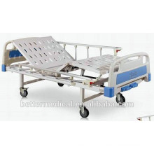 Cama de hospital manual com função de inclinação do encosto e do apoio para os pés