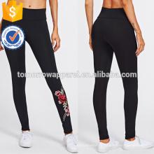 Black Embroidered Rose Applique Leggings OEM / ODM Fabrication En Gros Mode Femmes Vêtements (TA7023L)