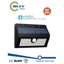 Luz de sensor de movimiento accionado solar con LED