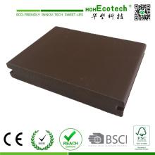 Piso de decks composto com tetos sólidos