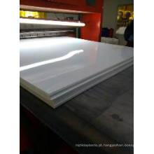 Folha plástica lustrosa branca rígida do PVC para o painel de sanduíche