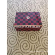 Schwarzes und rotes hölzernes YF Marke auf Lager Kasten