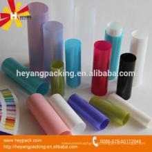Varios tubos de plástico vacío de embalaje