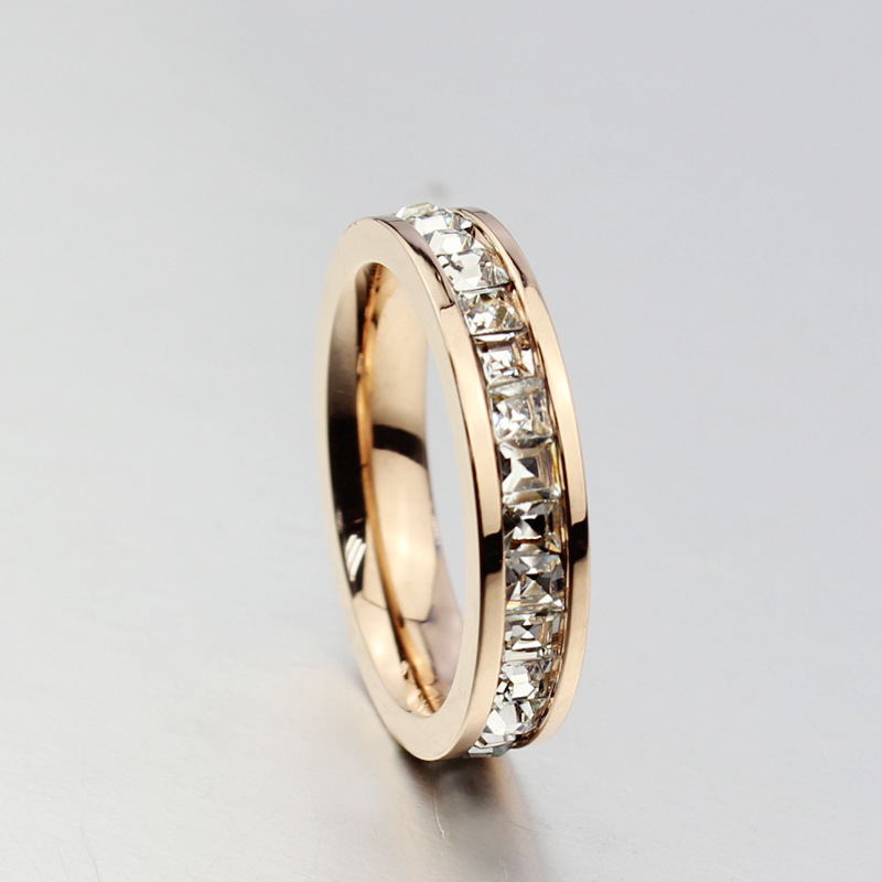Ladies Fashion Single Ring Customized Jewelry CZ Rings