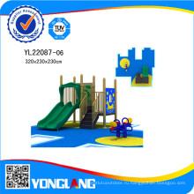Оборудование спортивной площадки с туннель слайд