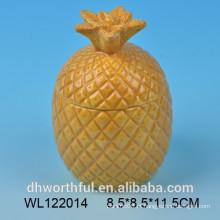 Recipiente de alimentos cerâmicos com forma de abacaxi