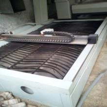 Cortadora láser de fibra equipada con sistema automático
