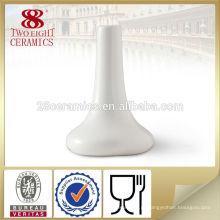 Vaso branco da porcelana chinesa para a decoração do hotel