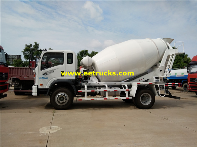 5 M3 Concrete Mixing Vehicles