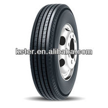 Double Happiness Muster DR909 LKW Reifen 295 / 80R22.5