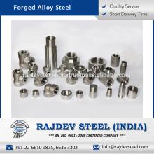 Acabado durable Componentes forjados de acero ampliamente demandados a una tasa atractiva