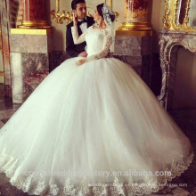2016 Puffy Lace rebordeado blanco de manga larga de los vestidos de boda árabes robe de mariage vestido de bola vestidos de novia CWF2357