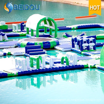 Schwimmende Wasser-Hindernis-Kurs-Spiele Riesige aufblasbare Wasser-Park-Spielwaren