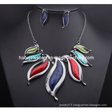 Big Fashion Resin Stone Necklace Set/Fashion Jewelry Set (XJW13209)