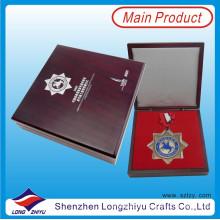 Kundenspezifische Ehrenmedaille Verpackt in Dekorieren Medaille Fall Geschenkbox