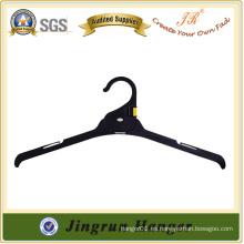 Colgador popular de la suspensión de la ropa del plástico para el vestido